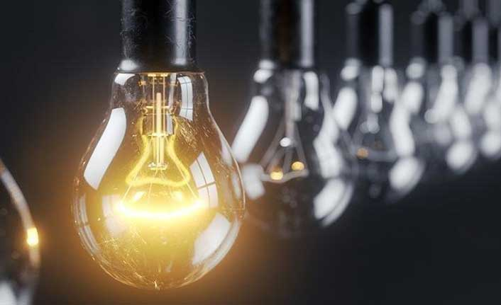 Birçok yerde elektrik kesintisi var