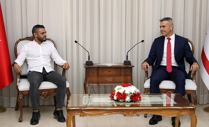 Meclis Başkanı Uluçay, Çetinkaya Başkanı tunalı'yı kabul etti