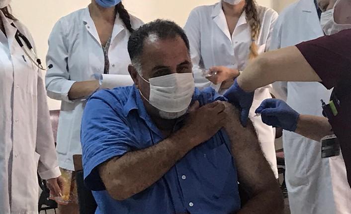 Cerrahpaşa'da ilk korona virüs aşısı yapıldı