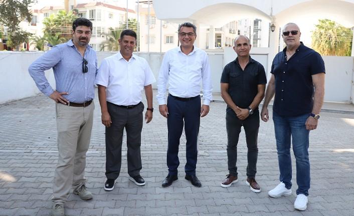 CTP Genel Başkanı Erhürman Futbol Federasyonu Yöneticileriyle dışa açılmayı görüştü
