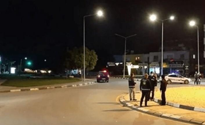 POLİS SOKAĞA ÇIKMA YASAĞINI İHLAL EDEN 12 KİŞİ HAKKINDA İŞLEM BAŞLATTI