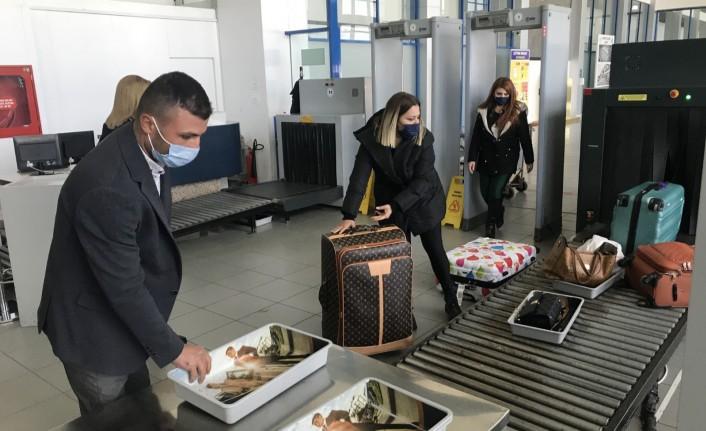 Ercan'daki önlemler yolculardan tam not aldı