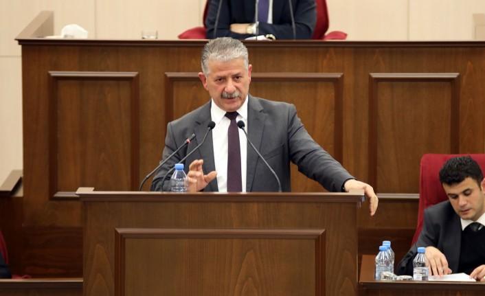 """""""HERKES DÖNÜP DOLAŞIP SİYASİLERİN ÜZERİNDE MAMURLUYOR"""""""