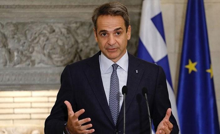 Yunanistan Başbakanı Miçotakis'ten özel sektörde çalışan doktorlara tepki