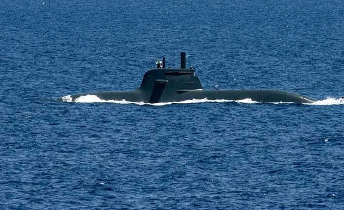 53 Kişilik mürettebatıyla kaybolan denizaltıyı aramak için savaş gemileri konuşlandırıldı