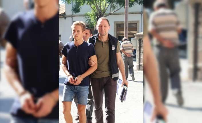 Alexander Satlaev , Ağır Ceza Mahkemesi'ne çıkarıldı