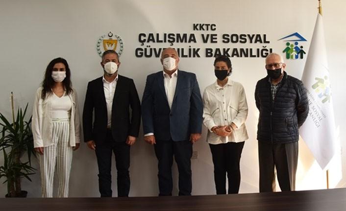 Bakan Çağman, SOS Çocuk Köyü Derneği Yönetim Kurulu üyelerini kabul etti