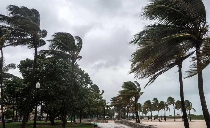 Yarın ve Çarşamba günü kuvvetli rüzgar bekleniyor