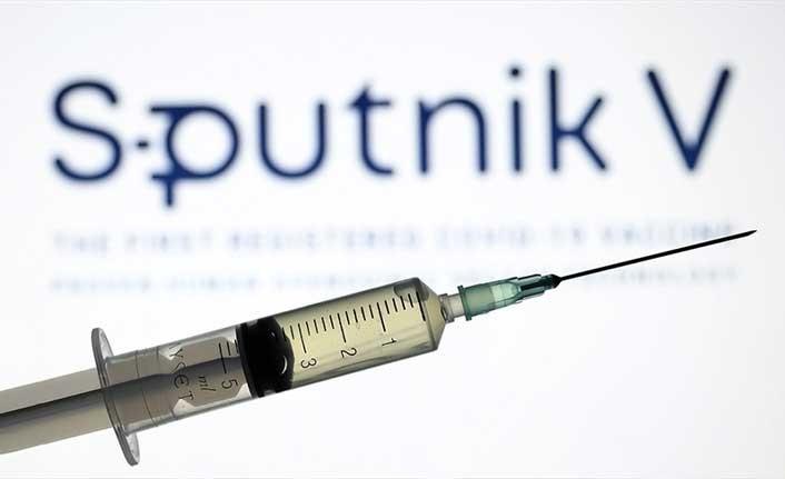 "Fahrettin Koca: ""Sputnik V aşısının acil kullanımına onay verildi"""
