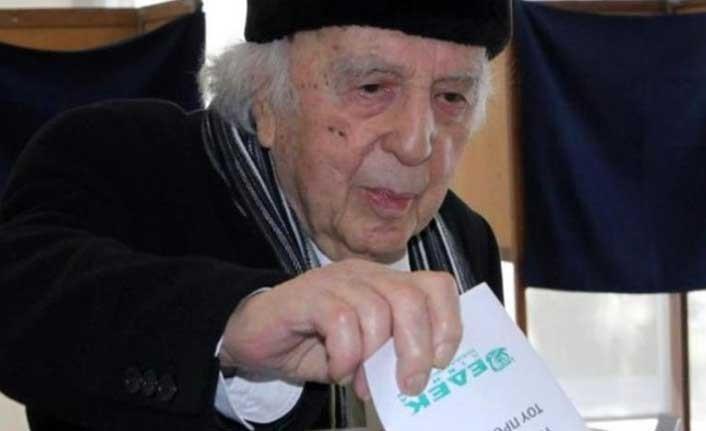 Güney Kıbrıs'ta Edek'in Kurucu ve Onursal Başkanı Vasos Lissaridis vefat etti
