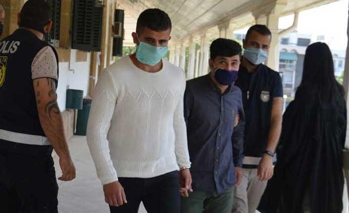 Hintkeneveri uyuşturucu maddeyi ithal edenlere 10 ay hapis cezası