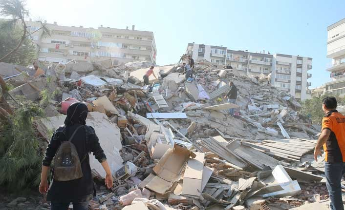 İzmir depremine bilirkişi raporu: 22 kişiye gözaltı kararı