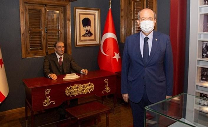 Tatar: Kıbrıs kökenli olan Türkeş, Kıbrıs'a ayrı bir ilgi gösterirdi