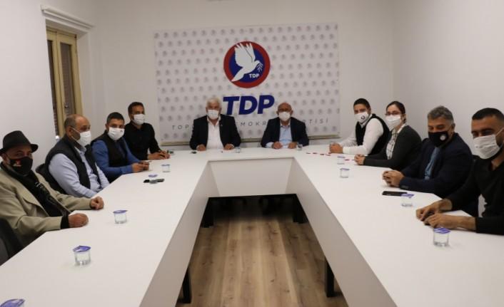 TDP genel başkanı Özyiğit,sendikal platform heyetiyle görüştü