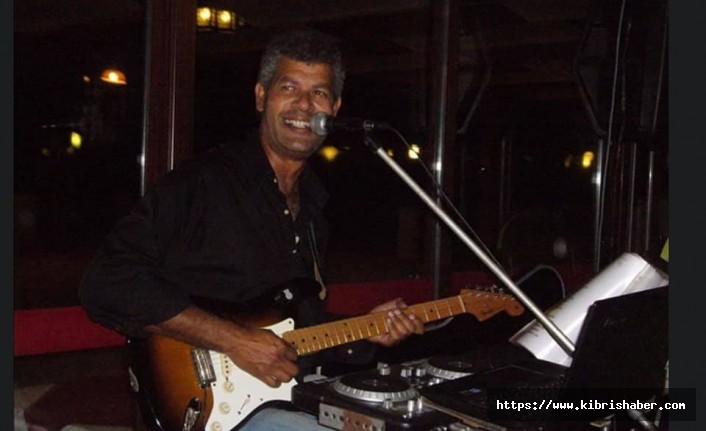 Kıbrıslı Usta sanatçı Ayhan Başkal, Facebook tarafından engelleniyor.