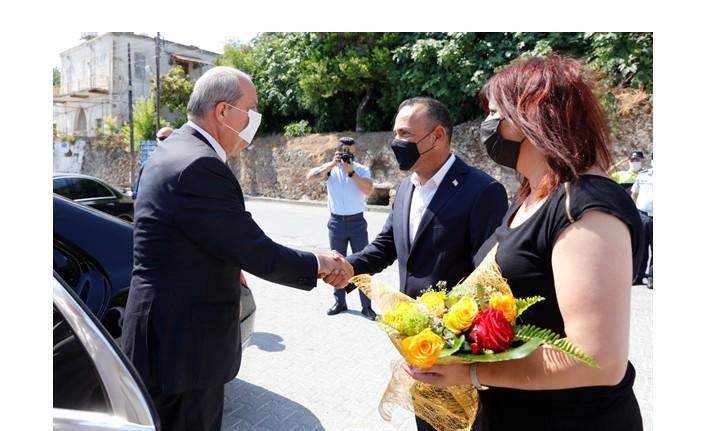 Cumhurbaşkanı Ersin Tatar, Lapta Belediyesi'ni ziyaret etti.