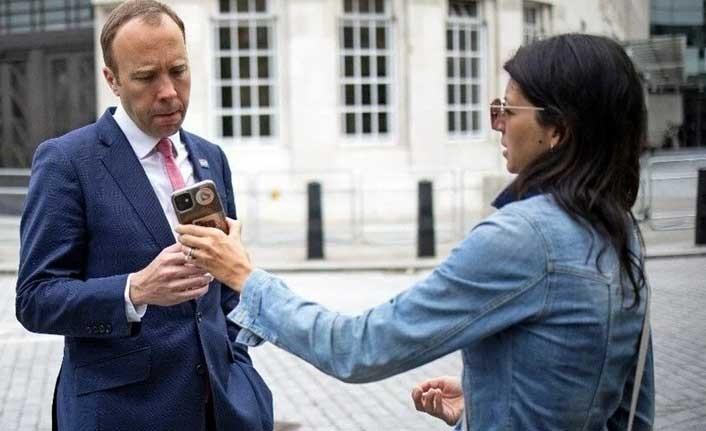 İngiltere Sağlık Bakanı 15 yıllık eşini danışmanıyla aldatıyor iddiası