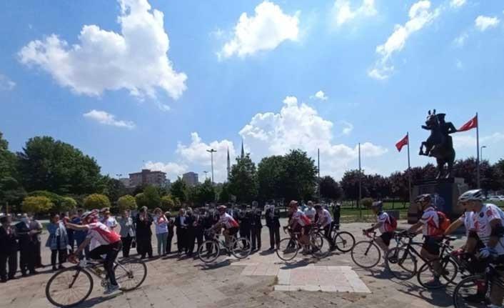 Kıbrıs Gazisi için Ordu'ya pedal çevirdiler