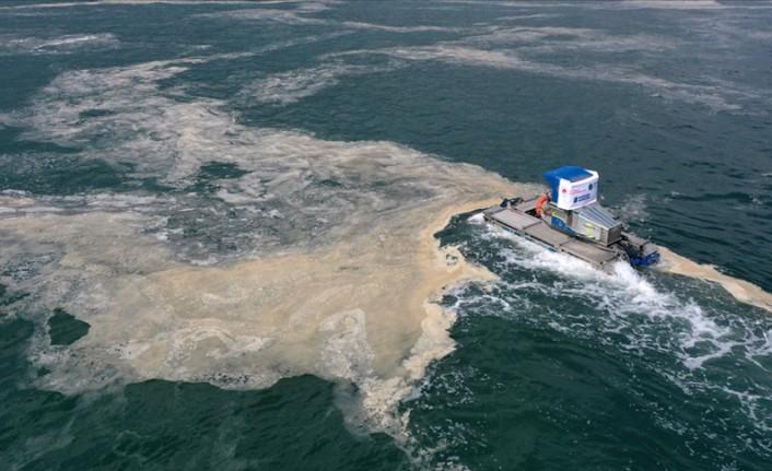 Marmara Denizi müsilajdan temizleniyor
