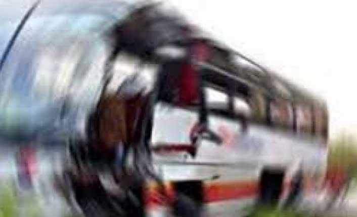 Nijerya'da Yolcu Otobüsü İle Bir Aracın Çarpışması Sonucu 20 Kişi Öldü