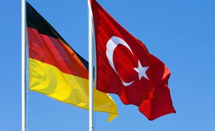 """Rum basını: """"Türkiye'nin AB zirvesindeki destekçisi Almanya"""""""