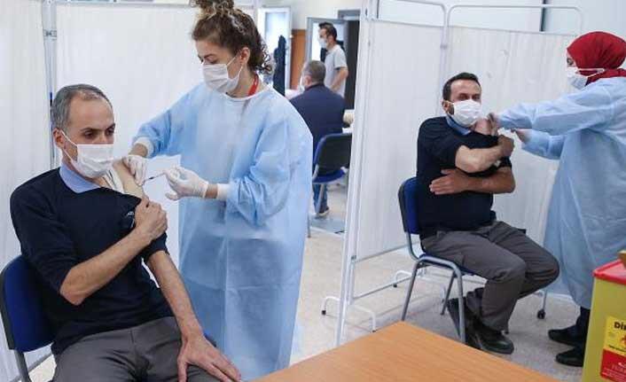 Türkiye'de bir günde 997 bin doz aşı yapıldı