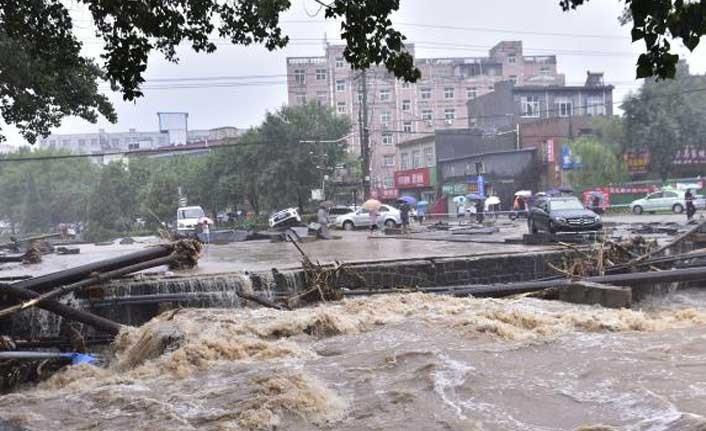 Çin'de sel felaketi!