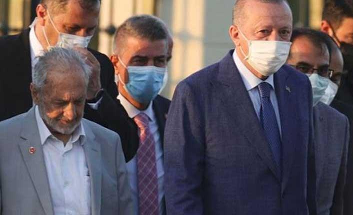 Oğuzhan Asiltürk'ün, KKTC ziyaretinde Erdoğan'a eşlik etmesi kulislere nasıl yansıdı?