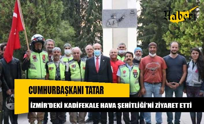 Cumhurbaşkanı Tatar, İzmir'deki Kadifekale Hava Şehitliği'ni Ziyaret Etti