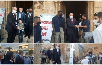 Cumhurbaşkanı Tatar,Bayram namazını Gazimağusa'da kıldı