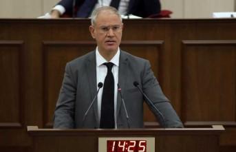 """Oğuzhan Hasipoğlu: """"AB, Anastasiadis'in tehditlerine boyun eğmemeli"""""""