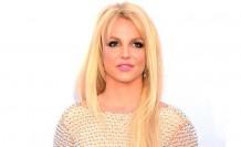 Britney, mutluluk numarası yaptığı için hayranlarından özür diledi