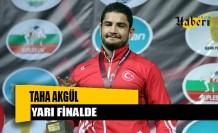 Taha Akgül Dünya Güreş Şampiyonası'nda yarı finale çıktı