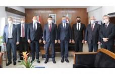 BAKAN OĞUZ BANKALAR BİRLİĞİ YÖNETİM KURULU ÜYELERİNİ KABUL ETTİ
