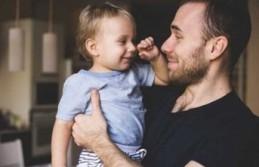 İlgili babaların çocukları yetişkinlikte daha başarılı oluyor