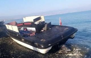 Kaçmaya çalışan iki göçmen vuruldu