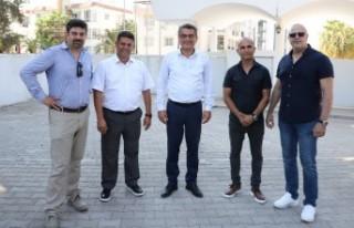 CTP Genel Başkanı Erhürman Futbol Federasyonu Yöneticileriyle...
