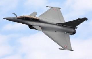 Yunanistan savaş uçağı almak için Fransa ile...