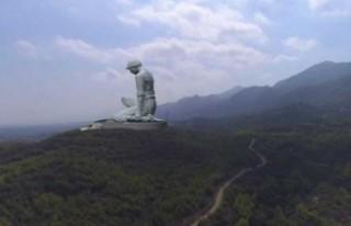ARUCAD, Asil Köylü heykeli ile ilgili açıklama...