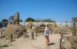 Atlantis, kum heykellerle canlanacak