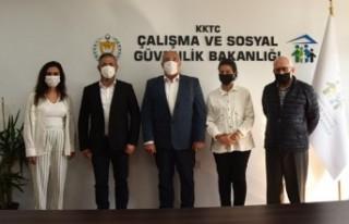 Bakan Çağman, SOS Çocuk Köyü Derneği Yönetim...