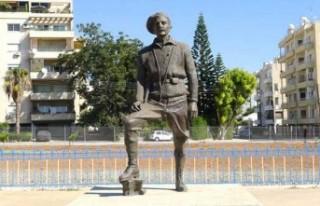 Grivas'ın heykeline saldırı