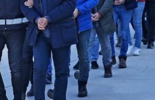 Türkiye'de 62 ilde ve KKTC'de FETÖ operasyonu:...