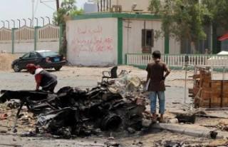 Yemen'deki patlamalarda 5 çocuk yaşamını...
