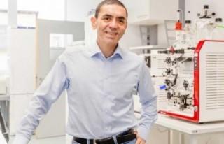 BioNTech CEO'su Şahin: Aşının yeni bir versiyonu...