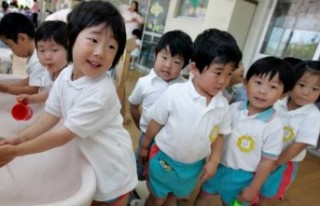 Japonya'da çocuk nüfus oranı son 40 yılın en...