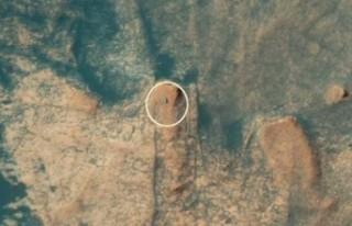 NASA'nın Mars'taki uzay aracı, sarp yamaçlara...