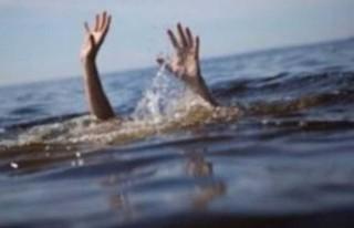 Balalan sahilinde çocuklar az kalsın boğuluyordu