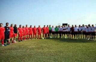 Cumhuriyet Meclisi ve İskele Masterları futbol maçı...