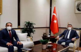 Oktay, AK Parti KKTC Temsilcisi Öztekin'i kabul...
